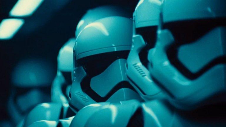 star_wars_force_awakens_4_h_2014